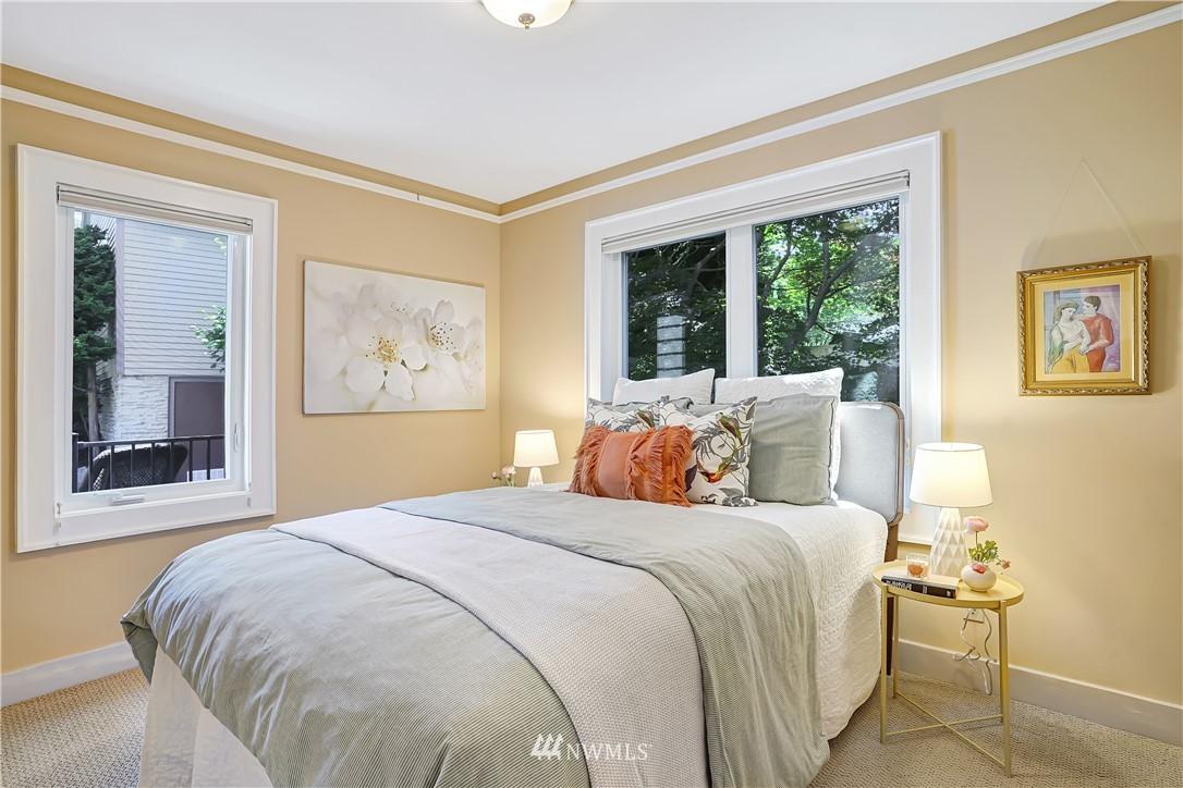 Sold Property | 6736 39th Avenue SW Seattle, WA 98136 13