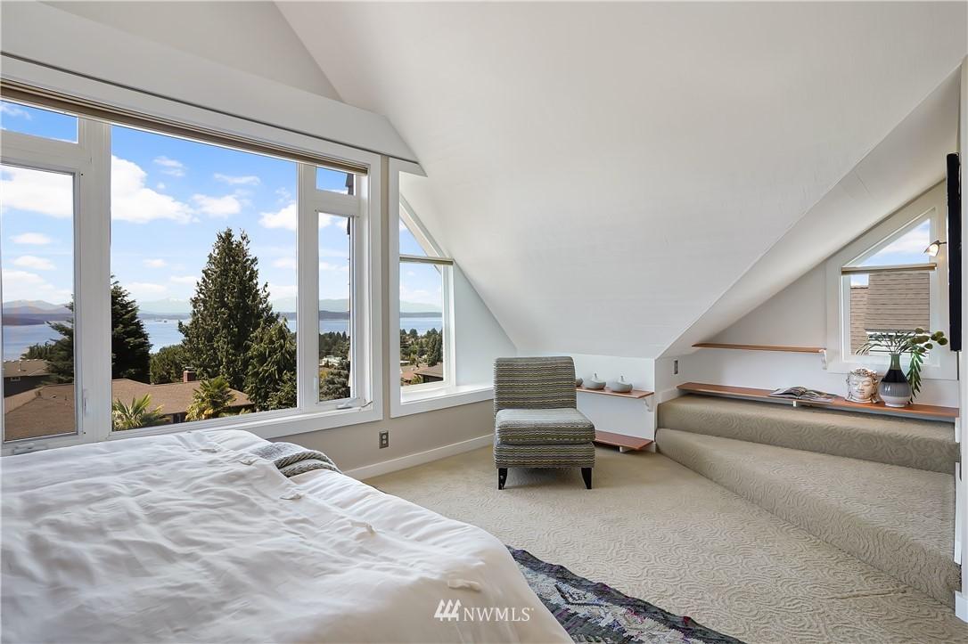 Sold Property | 6736 39th Avenue SW Seattle, WA 98136 17