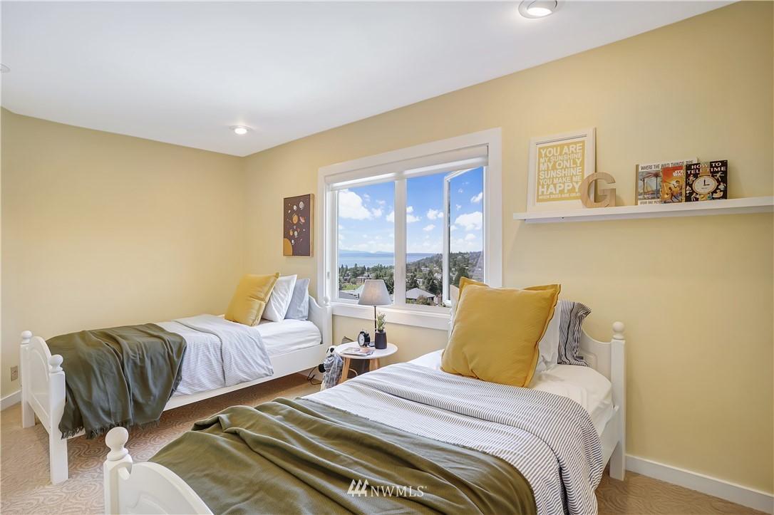 Sold Property | 6736 39th Avenue SW Seattle, WA 98136 20