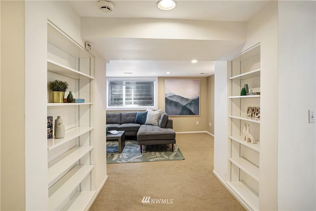 Sold Property | 6736 39th Avenue SW Seattle, WA 98136 21