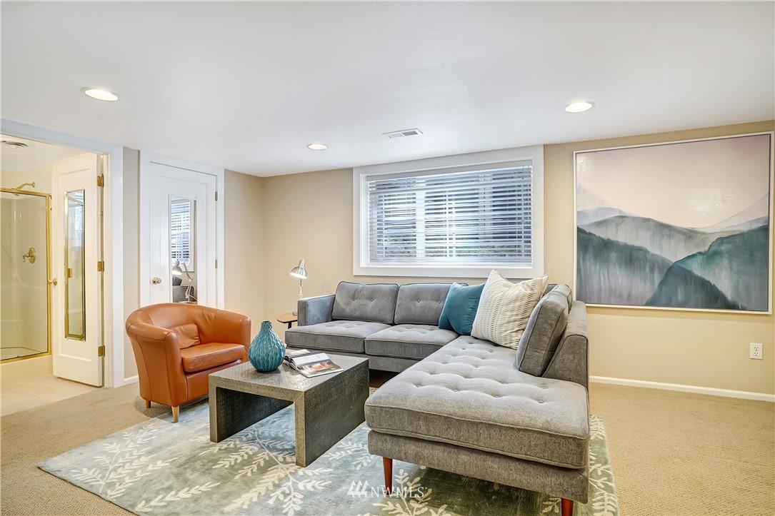 Sold Property | 6736 39th Avenue SW Seattle, WA 98136 22
