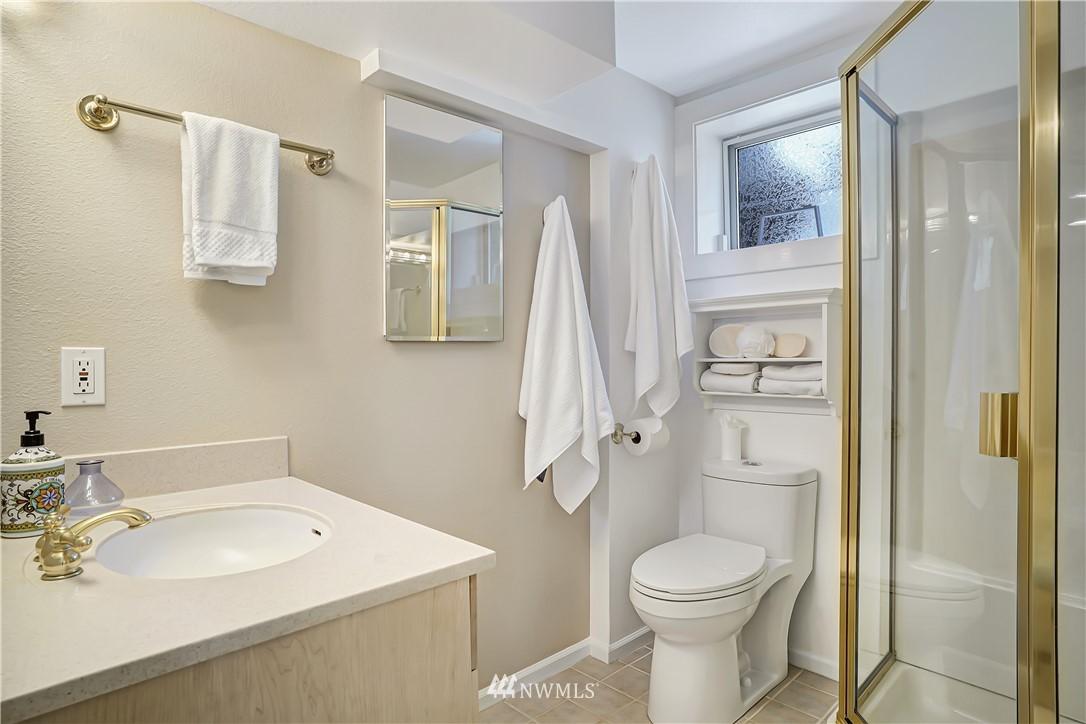 Sold Property | 6736 39th Avenue SW Seattle, WA 98136 23