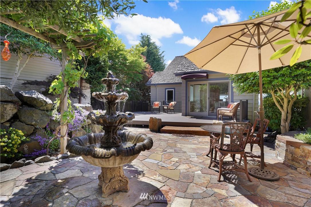 Sold Property | 6736 39th Avenue SW Seattle, WA 98136 27
