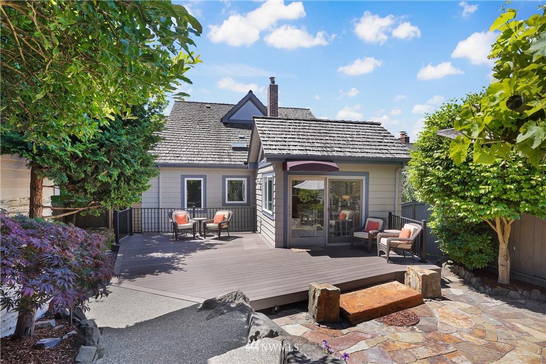 Sold Property | 6736 39th Avenue SW Seattle, WA 98136 28