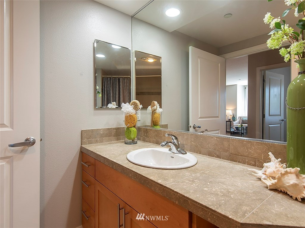 Sold Property | 5440 Leary Avenue NW #306 Seattle, WA 98107 15