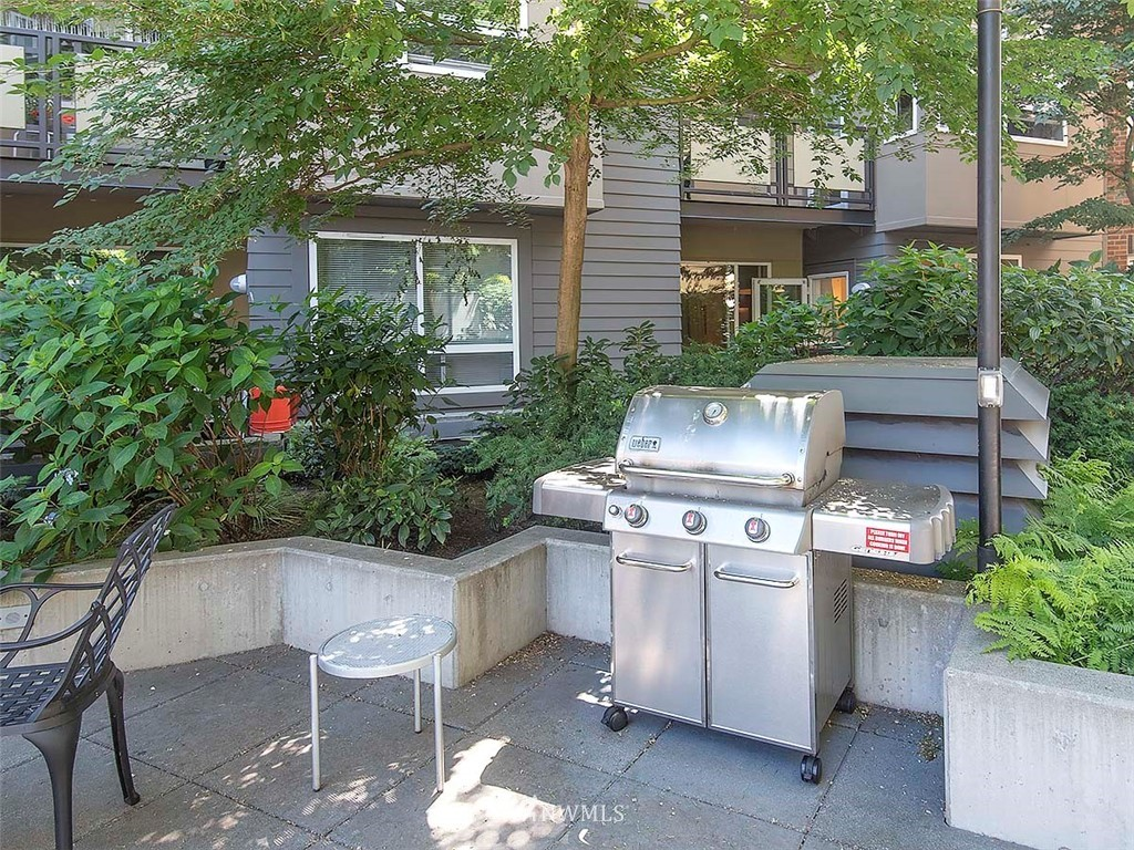 Sold Property | 5440 Leary Avenue NW #306 Seattle, WA 98107 36