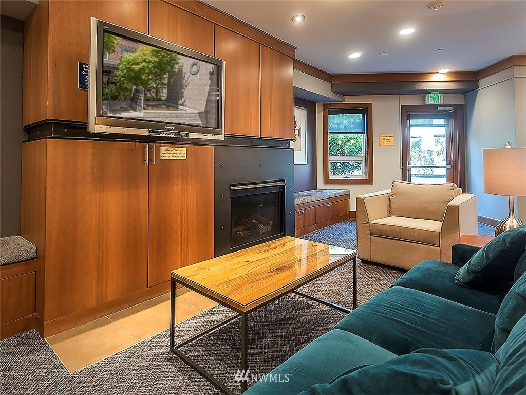 Sold Property | 5440 Leary Avenue NW #306 Seattle, WA 98107 28