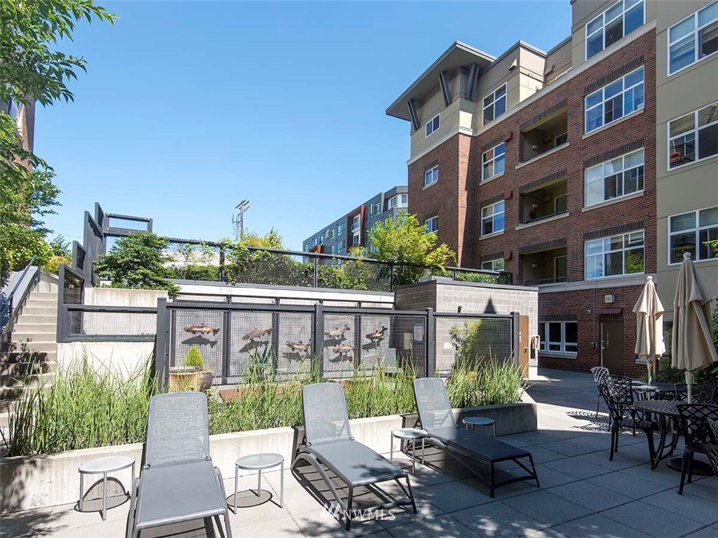 Sold Property | 5440 Leary Avenue NW #306 Seattle, WA 98107 33