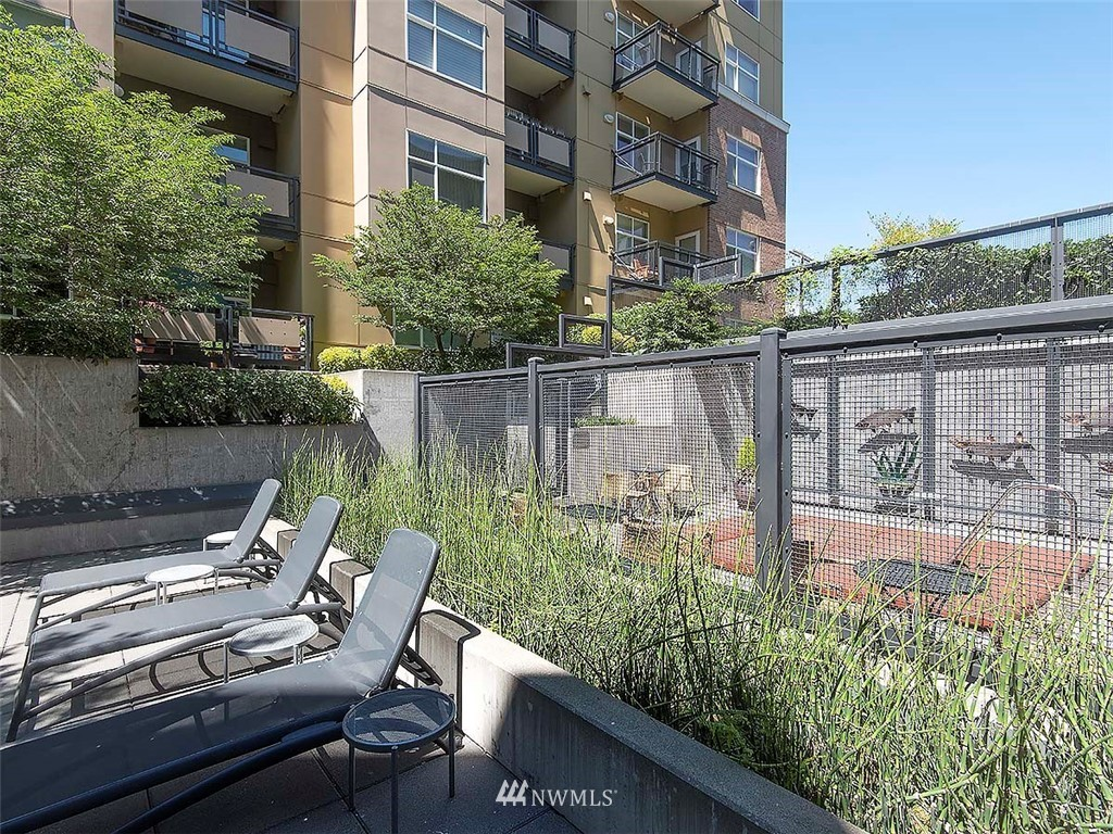 Sold Property | 5440 Leary Avenue NW #306 Seattle, WA 98107 34