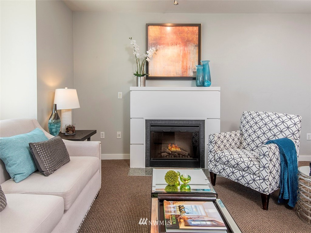 Sold Property | 5440 Leary Avenue NW #306 Seattle, WA 98107 4