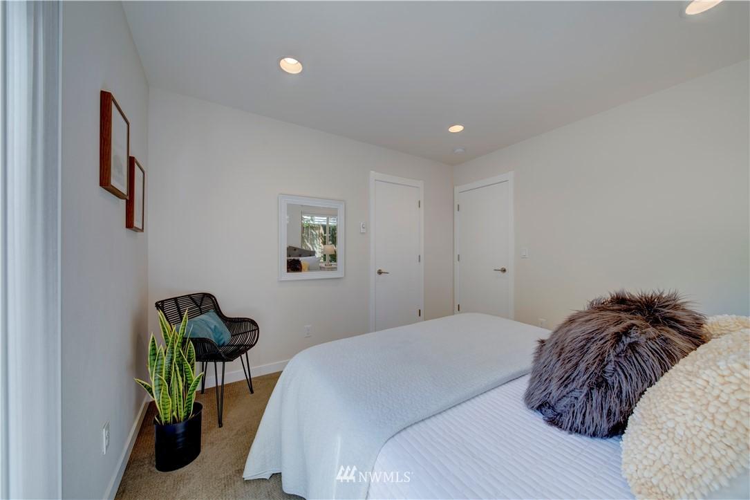 Sold Property | 1544 NW 63rd Street #B Seattle, WA 98107 6