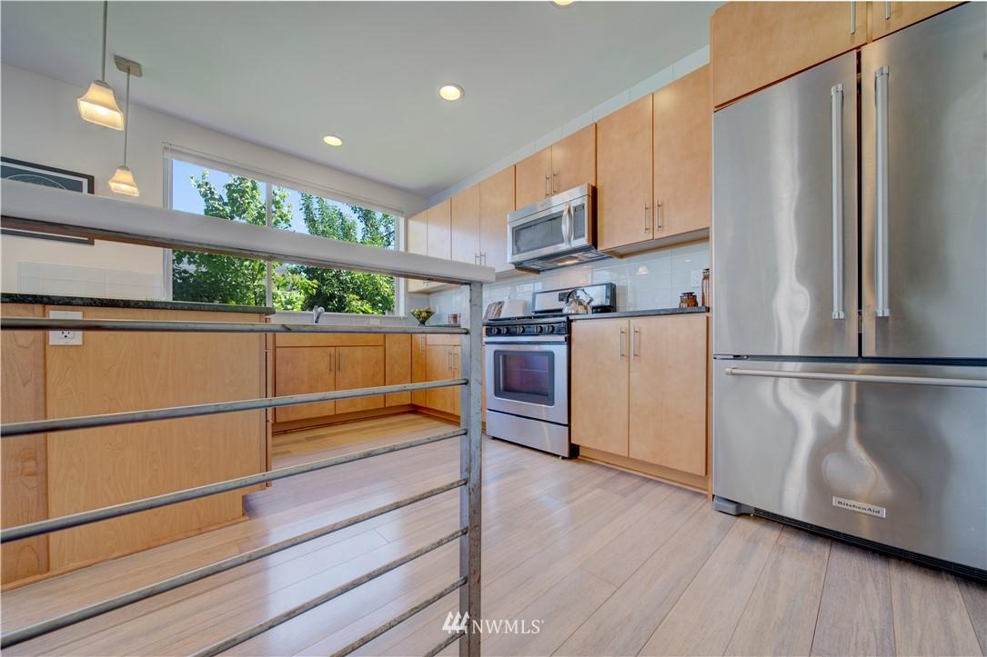 Sold Property | 1544 NW 63rd Street #B Seattle, WA 98107 10