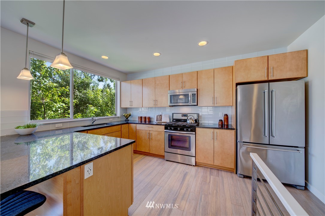 Sold Property | 1544 NW 63rd Street #B Seattle, WA 98107 11