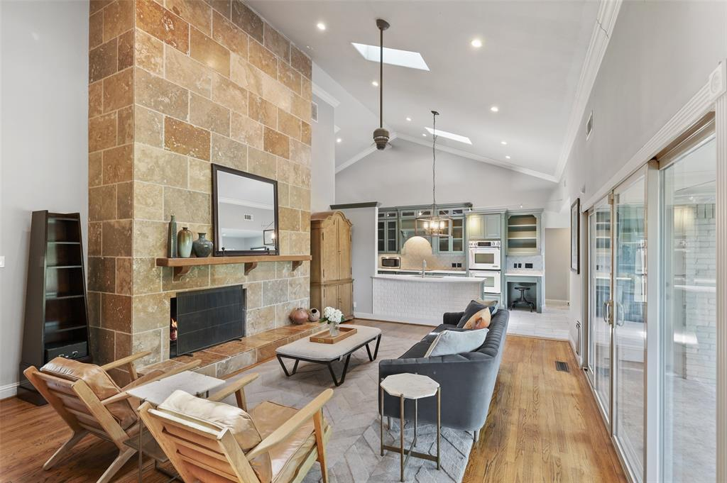 Sold Property | 6609 Ridgeview Circle Dallas, Texas 75240 10
