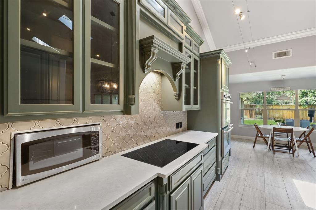 Sold Property | 6609 Ridgeview Circle Dallas, Texas 75240 14