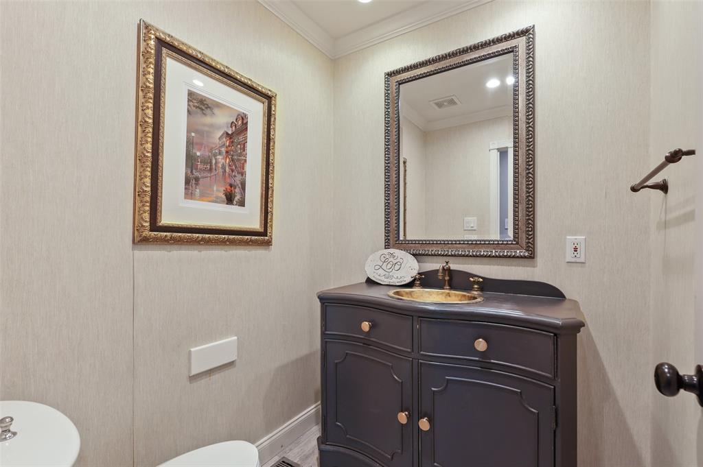 Sold Property | 6609 Ridgeview Circle Dallas, Texas 75240 25