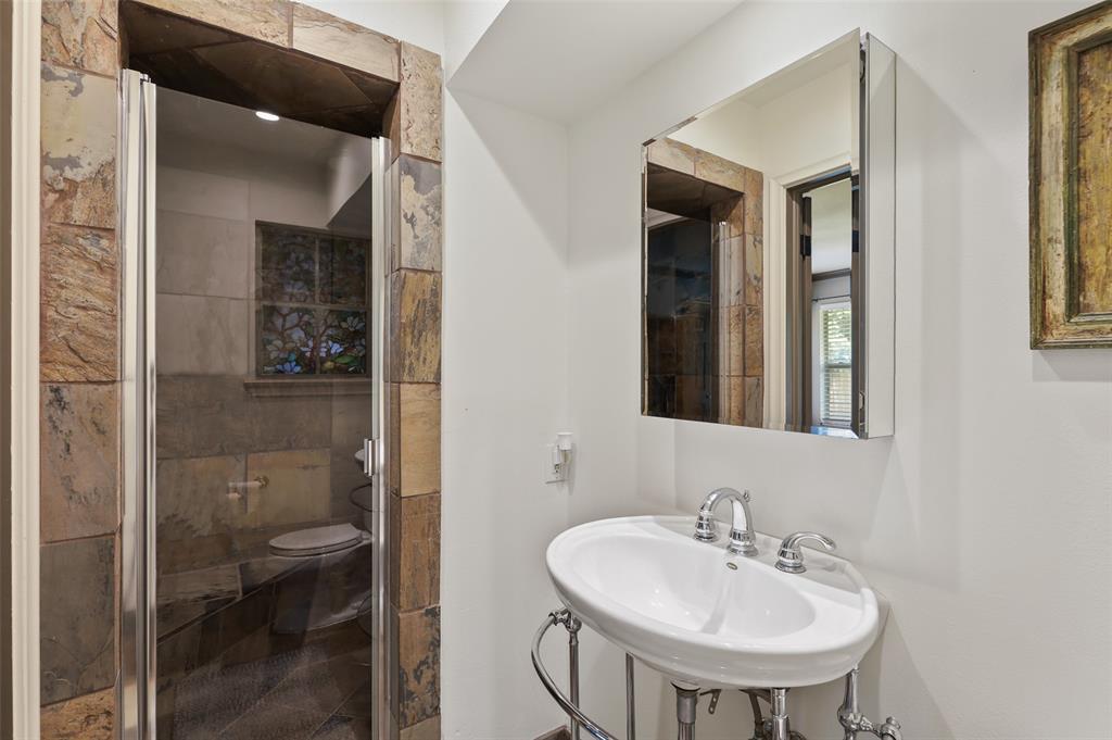 Sold Property | 6609 Ridgeview Circle Dallas, Texas 75240 30