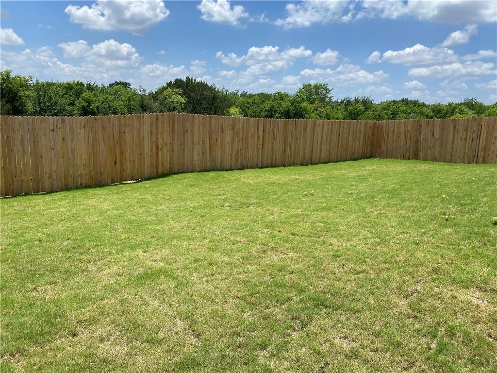 Pending | 6009 Eden Drive Austin, TX 78747 14