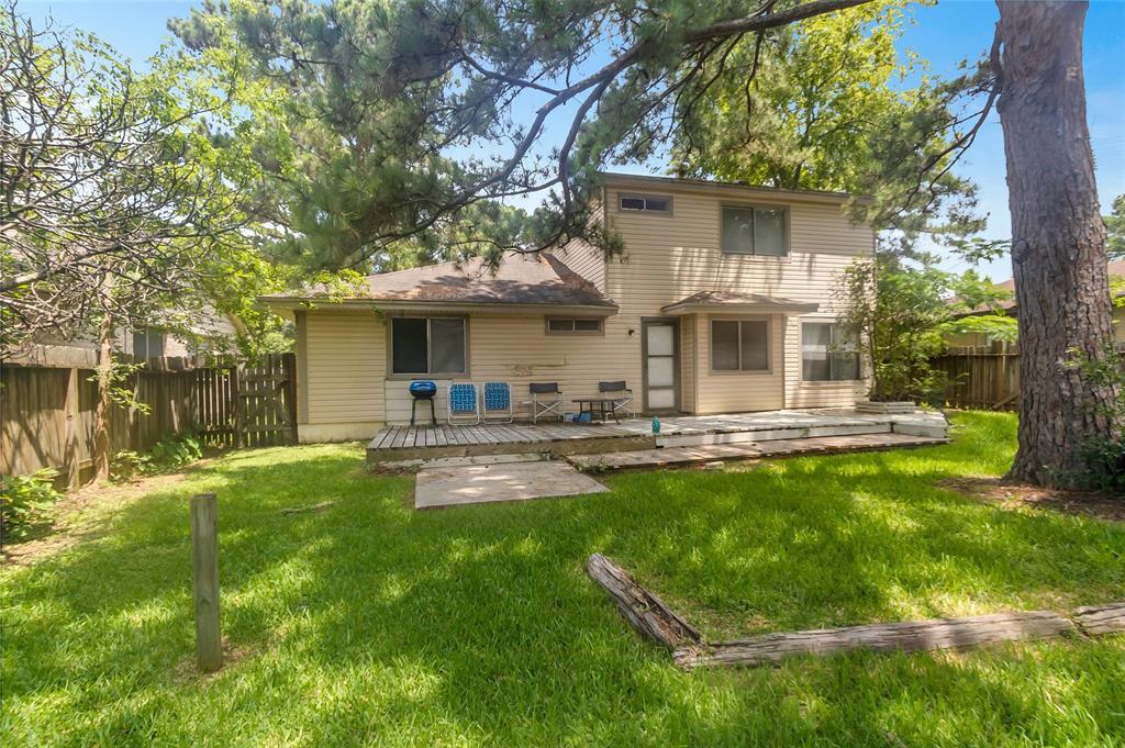 Active   12067 La Salle Oaks Conroe, Texas 77304 20
