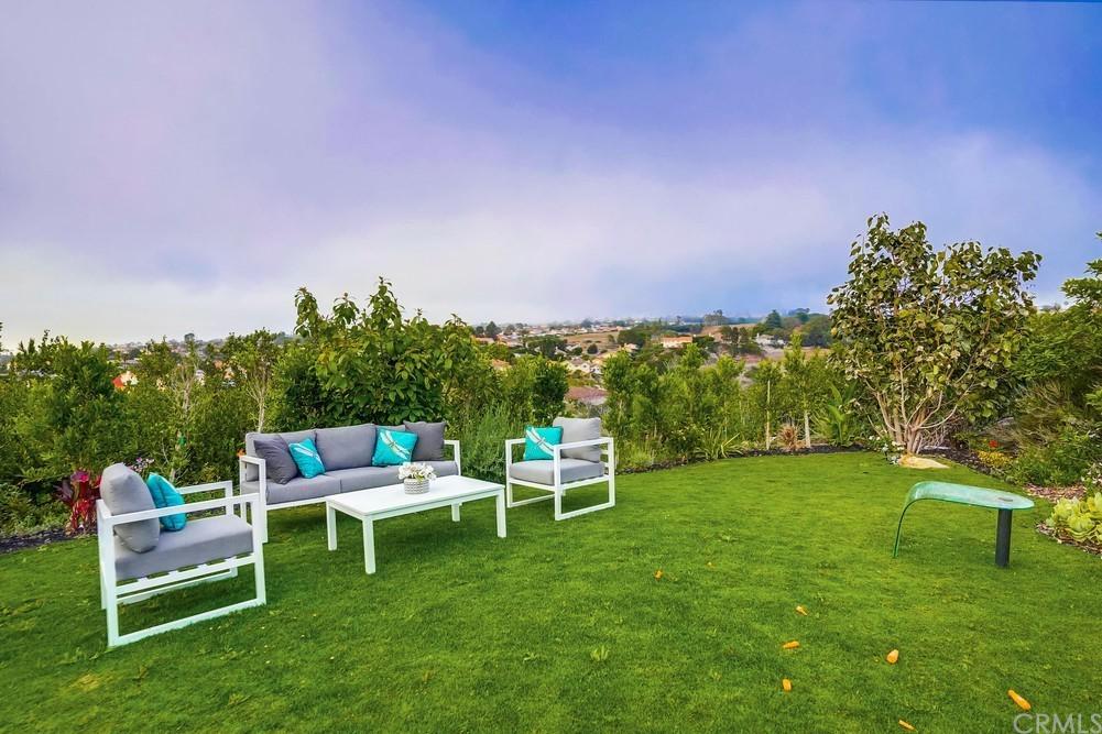 Pending   6857 Crest Road Rancho Palos Verdes, CA 90275 77