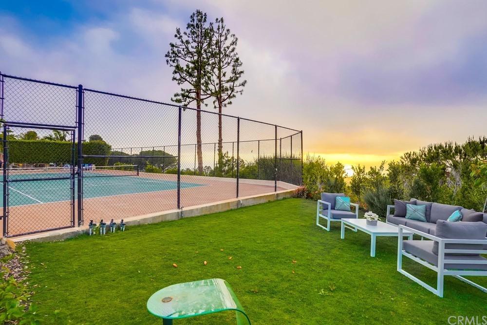 Pending   6857 Crest Road Rancho Palos Verdes, CA 90275 75