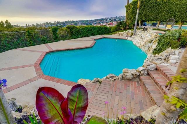 Active   6857 Crest Road Rancho Palos Verdes, CA 90275 40