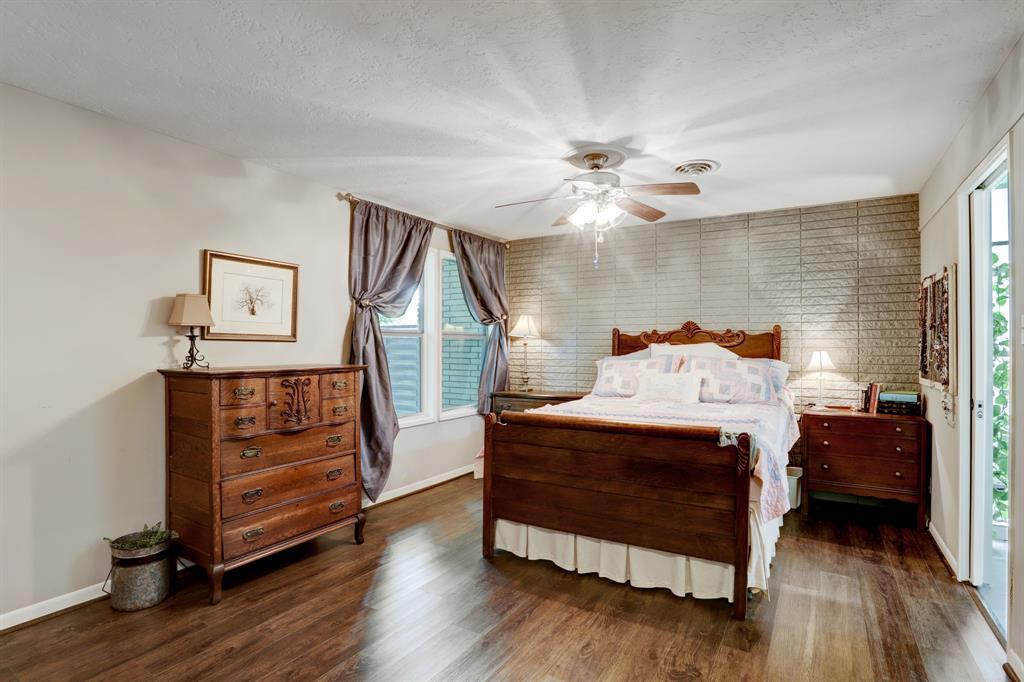 Active   1304 Avenue D Katy, Texas 77493 17