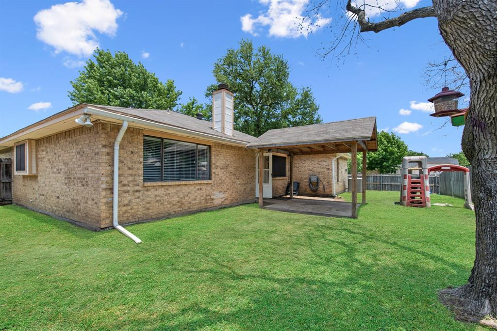 Sold Property | 2601 Carrington Lane Grand Prairie, Texas 75052 24