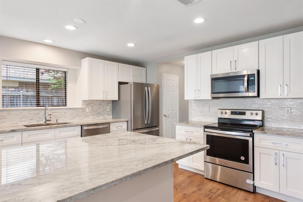 Sold Property | 2601 Carrington Lane Grand Prairie, Texas 75052 5