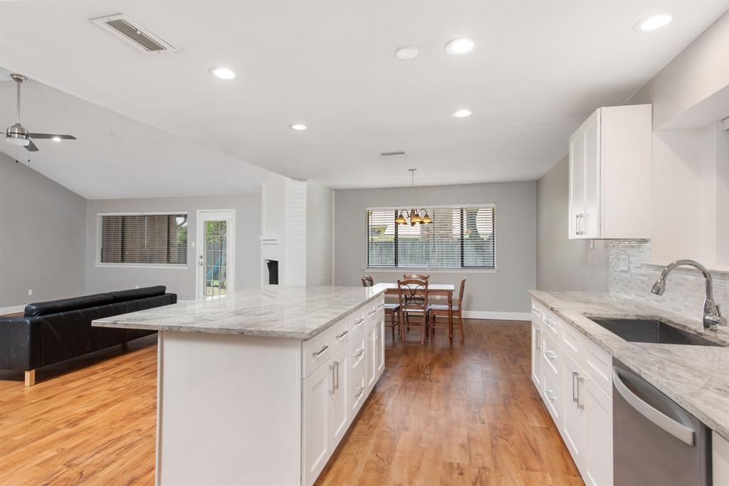 Sold Property | 2601 Carrington Lane Grand Prairie, Texas 75052 6