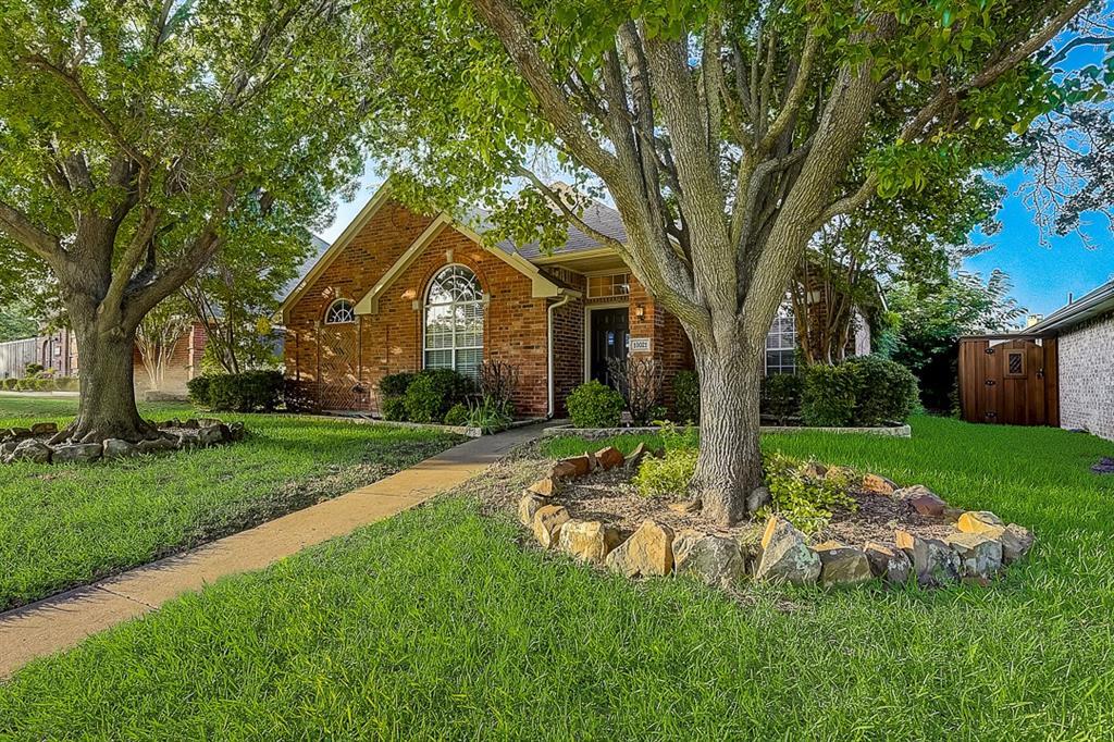 Pending | 10021 Danbury Drive Frisco, Texas 75035 0