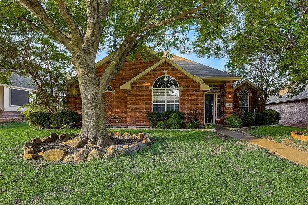 Pending | 10021 Danbury Drive Frisco, Texas 75035 12