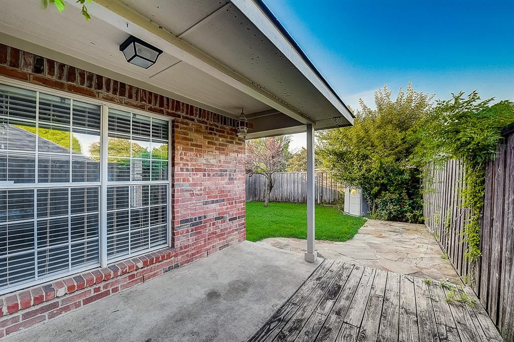 Pending | 10021 Danbury Drive Frisco, Texas 75035 14