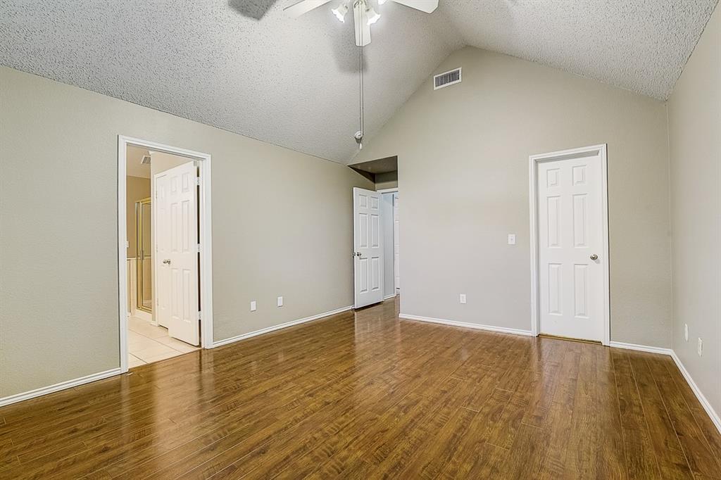 Pending | 10021 Danbury Drive Frisco, Texas 75035 35