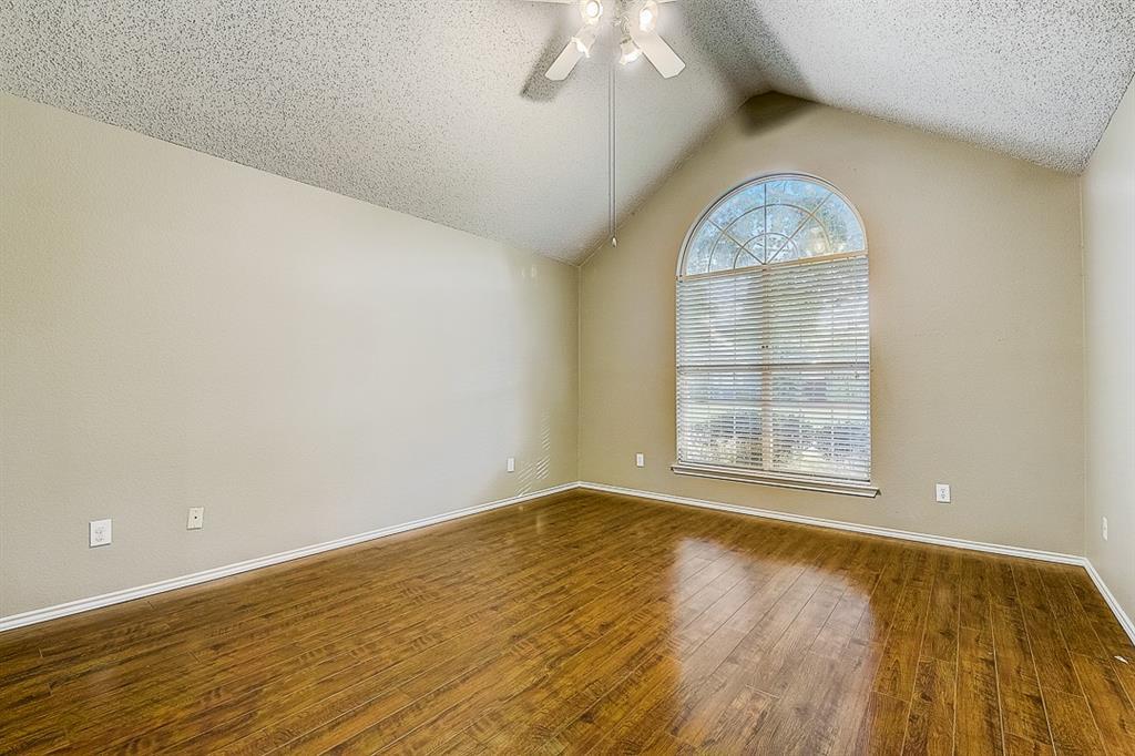 Pending | 10021 Danbury Drive Frisco, Texas 75035 36
