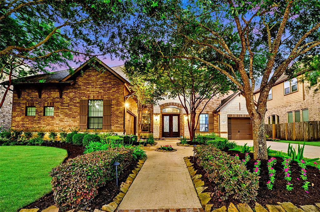 Pending | 423 Olmstead Park Drive Sugar Land, Texas 77479 0