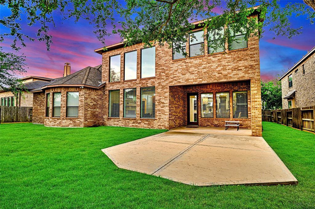 Pending | 423 Olmstead Park Drive Sugar Land, Texas 77479 35