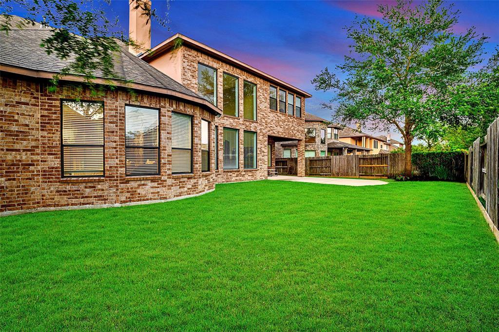 Pending | 423 Olmstead Park Drive Sugar Land, Texas 77479 36