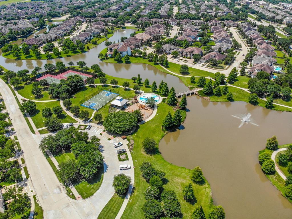 Pending | 423 Olmstead Park Drive Sugar Land, Texas 77479 38
