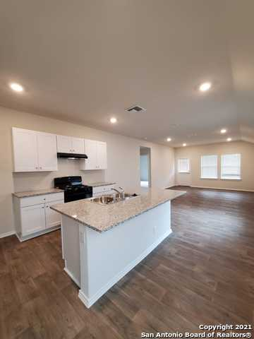 Off Market | 157 Middle Green Loop Floresville, TX 78114 4