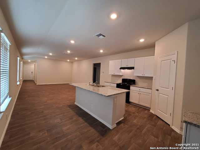 Off Market | 153 Middle Green Loop Floresville, TX 78114 4