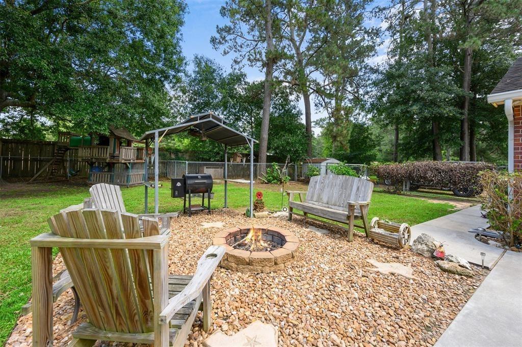Pending | 22004 Three Pines Drive Hockley, Texas 77447 32