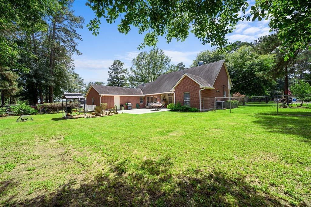 Pending | 22004 Three Pines Drive Hockley, Texas 77447 35