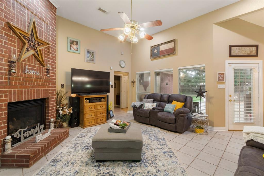 Pending | 22004 Three Pines Drive Hockley, Texas 77447 6
