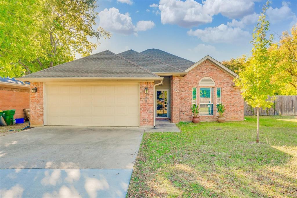 Pending | 229 S Lakeview Drive Lake Dallas, Texas 75065 0