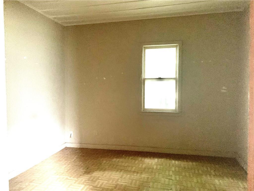 Closed | 206 W Lockhart Street Kyle, TX 78640 11