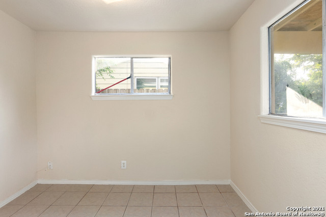 Pending | 834 SHEMYA AVE San Antonio, TX 78221 19