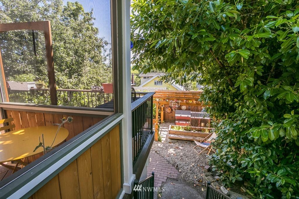 Sold Property | 4030 Evanston Avenue N Seattle, WA 98103 19