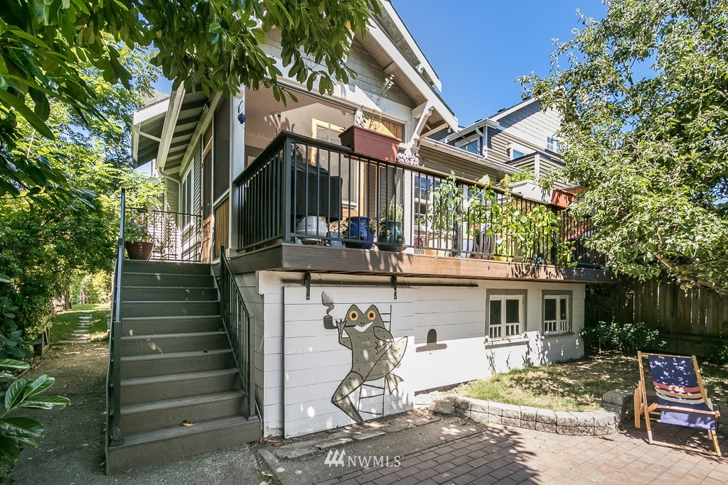 Sold Property | 4030 Evanston Avenue N Seattle, WA 98103 21