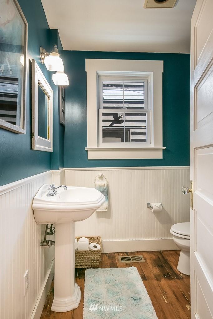 Sold Property | 4030 Evanston Avenue N Seattle, WA 98103 22